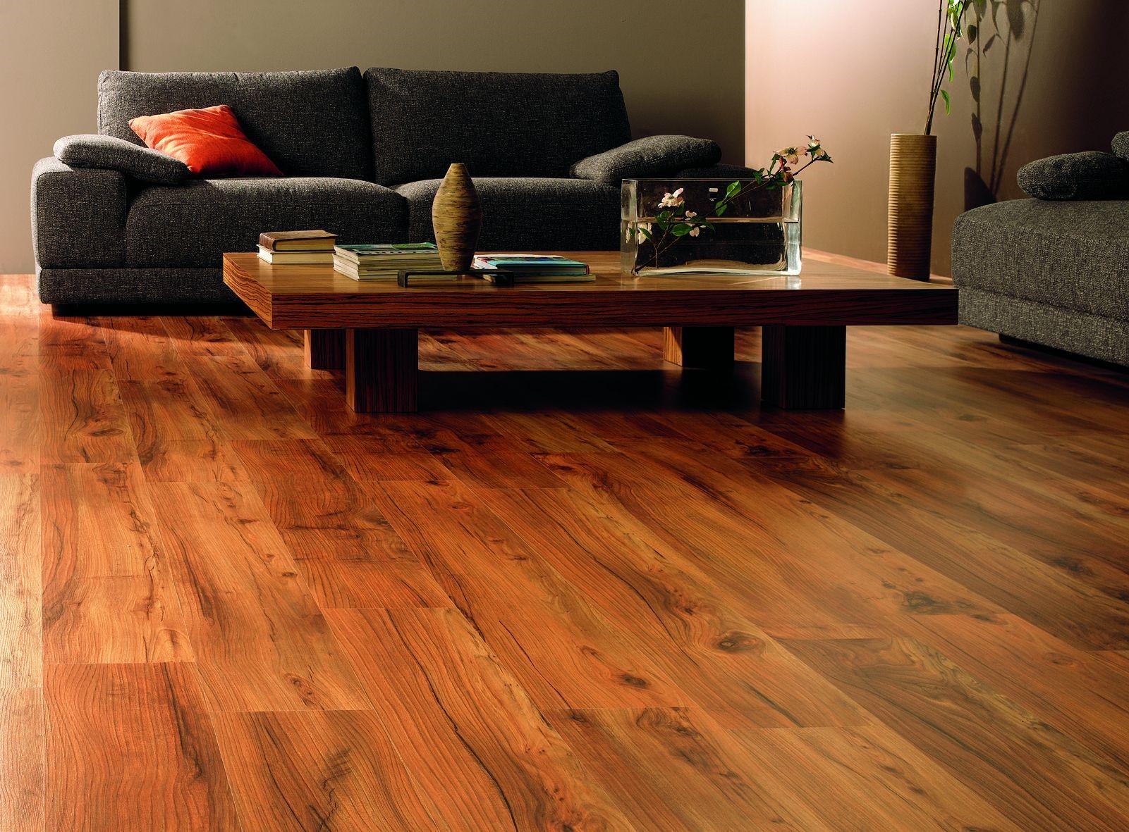 Drewno znów w modzie. Jak wykorzystać drewno w domu?